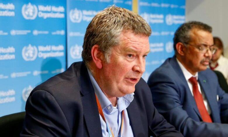 """لأول مرة..منظمة الصحة العالمية تُبشر بقرب """"التخلص من كورونا"""""""