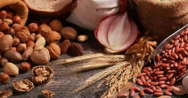 أطعمة ضرورية للحفاظ على الكبد بجب عدم إغفالها