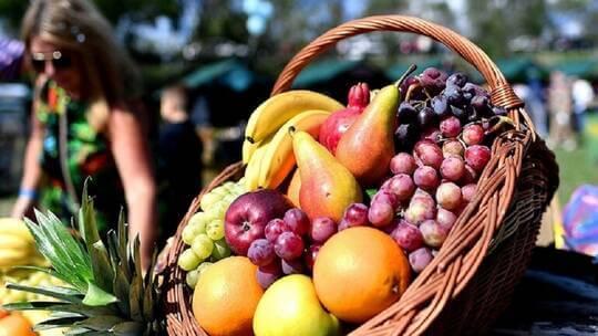 علماء بريطانيون يكشفون عن مواد غذائية ربما تسرع الشفاء من كوفيد 19