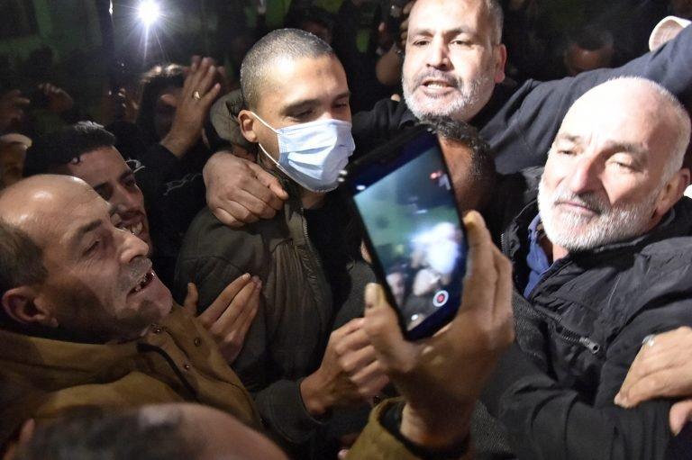 السلطات الجزائرية تفرج عن الصحافي خالد درارني والناشط السياسي رشيد نكاز