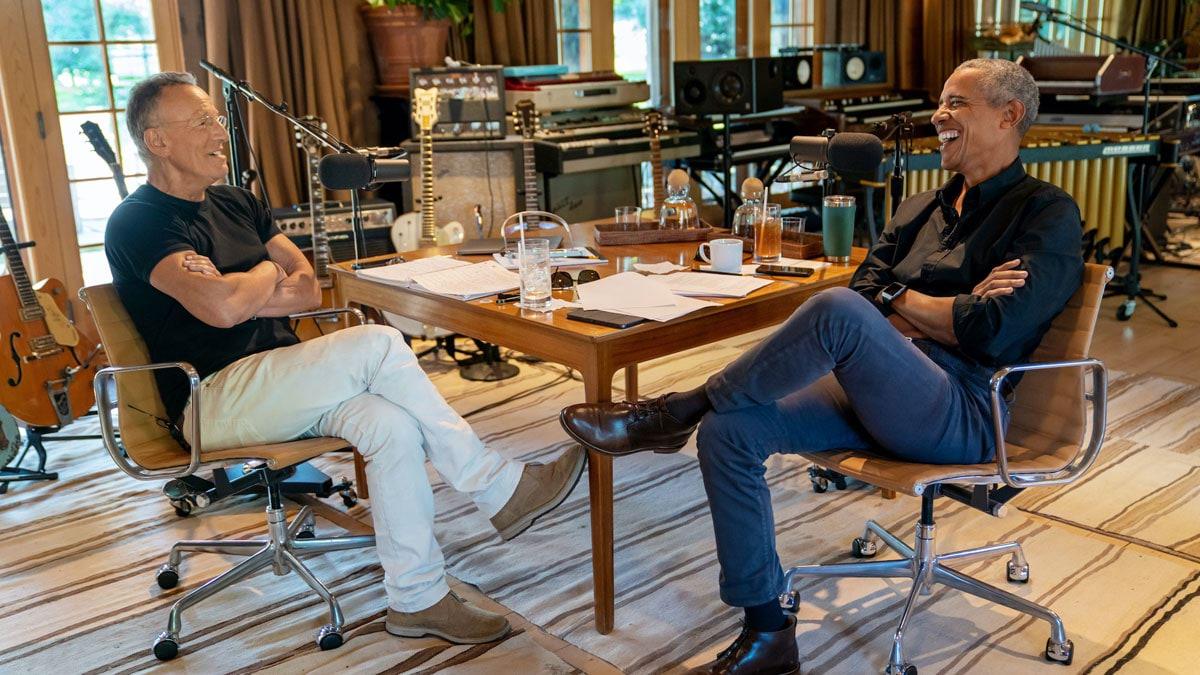 """أوباما ونجم الروك سبرينغستين يطلقان برنامج بودكاست على """"سبوتيفاي"""""""