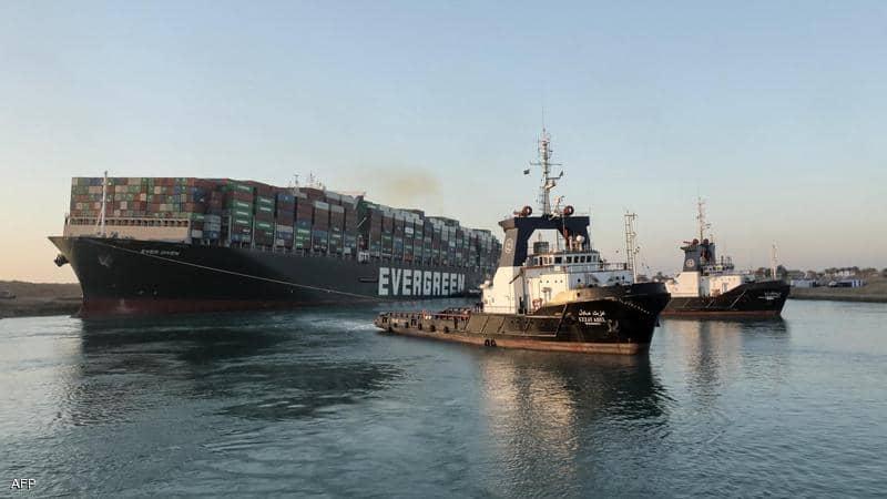 استئناف حركة الملاحة بقناة السويس بعد توقف استمر لنحو أسبوع