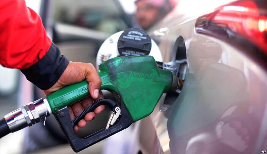 أرباب محطات الوقود ينددون بترويج نصف محروقات المغرب بالسوق السوداء