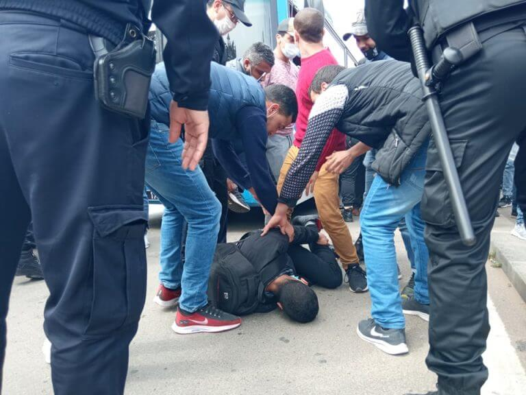 نقابة UMT تدعو لإضراب إقليمي  احتجاجا على تعنيف أساتذة التعاقد