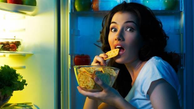 هذه أهم أسباب شعورك الدائم بالجوع الشديد