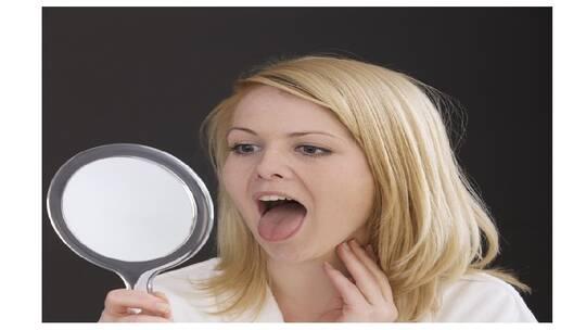الشعور بوجود كتلة في الحلق قد يشير إلى أمراض خطيرة