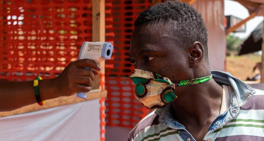 إفريقيا تحتاج لـ 12 مليار دولار للقاحات كوفيد-19 لوقف انتشار الفيروس