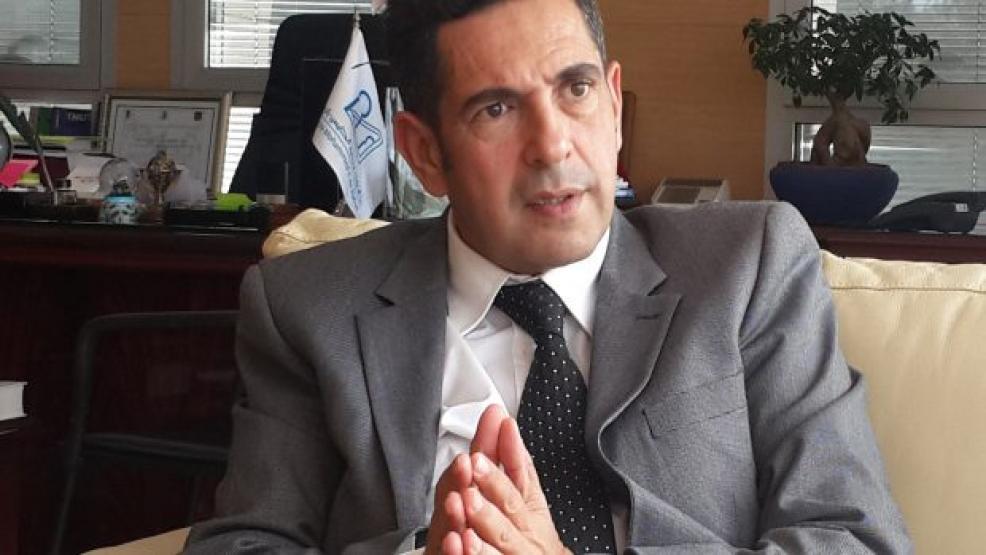أمزازي يكشف حقيقة حصوله على تعويضات مالية من جامعة بأبوظبي