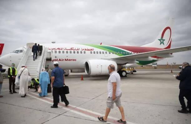 الحكومة تدعم أسعار تذاكر الجالية المغربية بـ450 مليار سنتيم