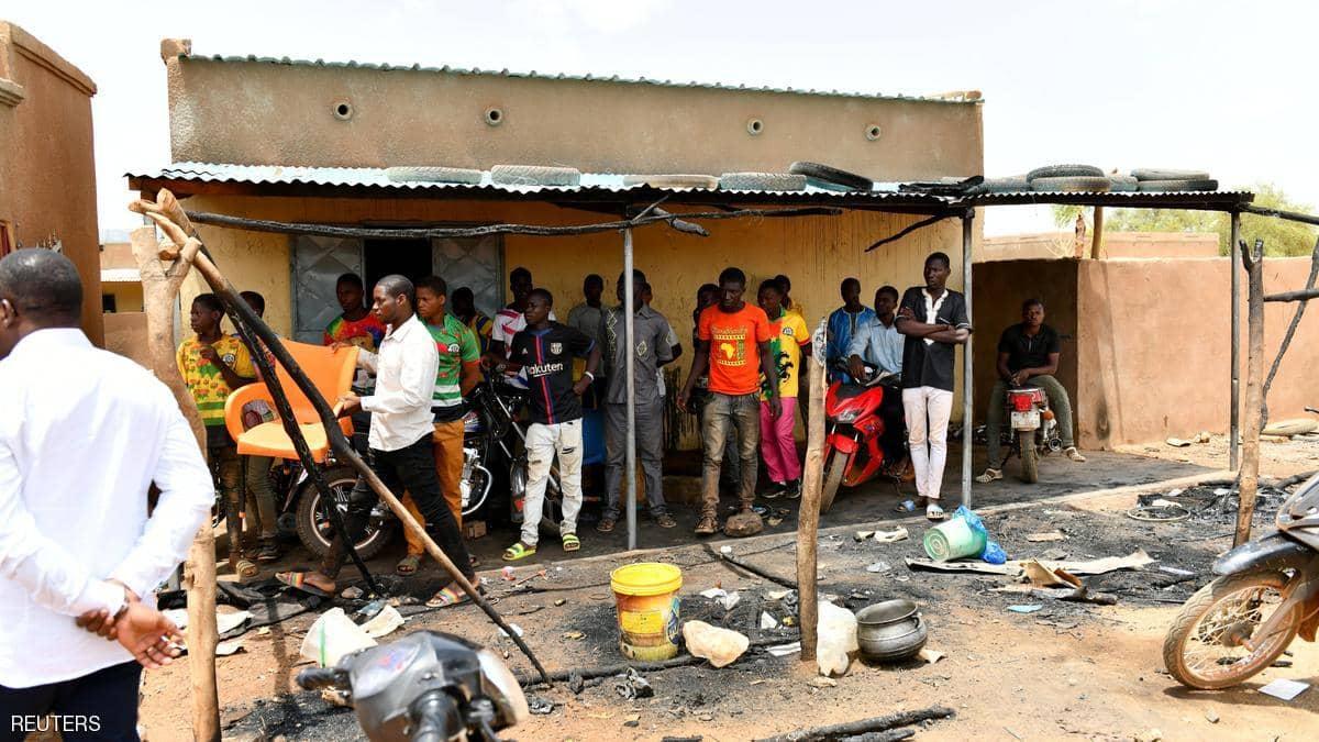 أطفال ينفذون مجزرة في بوركينا فاسو