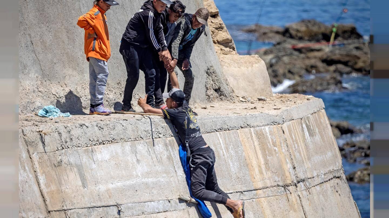 ترانسبرانسي.. الهجرة نحو سبتة تعكس الهشاشة التي يعيشها مغاربة الشمال