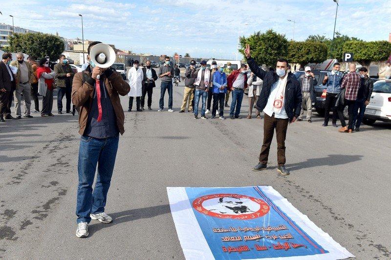 """أساتذة """"التعاقد"""" يرفضون خطوة إدماجهم في الصندوق المغربي  للتقاعد"""
