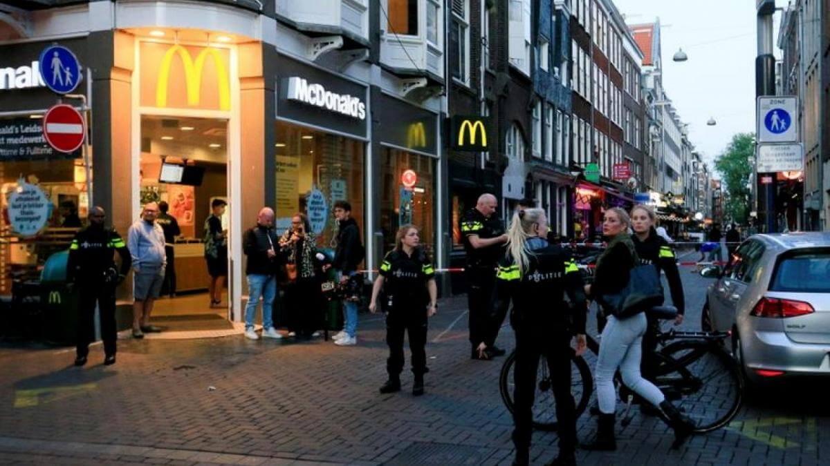 """تصفية صحفي هولندي شهير..وعصابة """"رضوان التاغي"""" في دائرة الإتهام"""