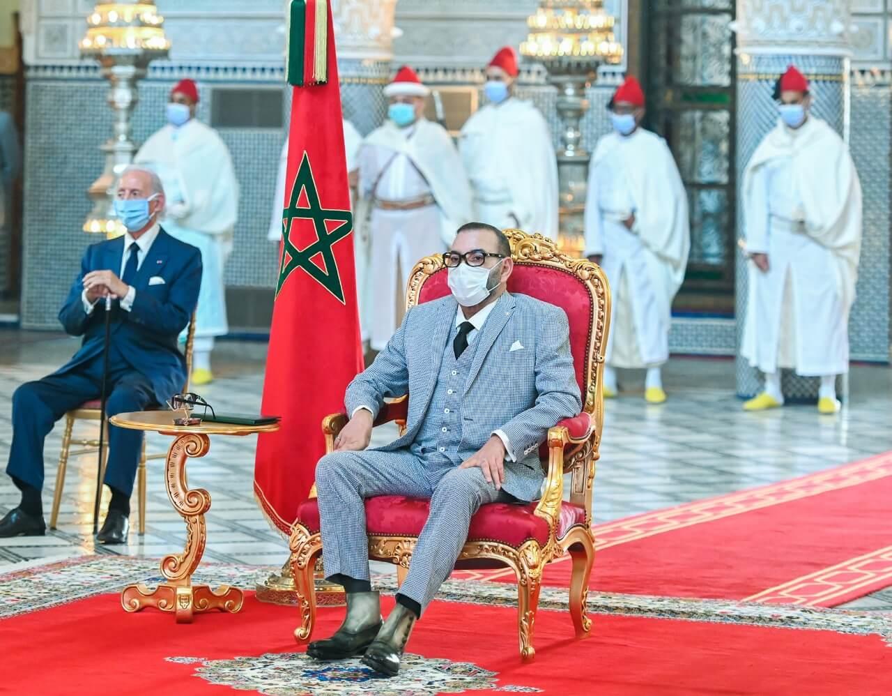 الملك محمد السادس يترأس توقيع اتفاقيات تصنيع وتعبئة لقاح كورونا بالمغرب