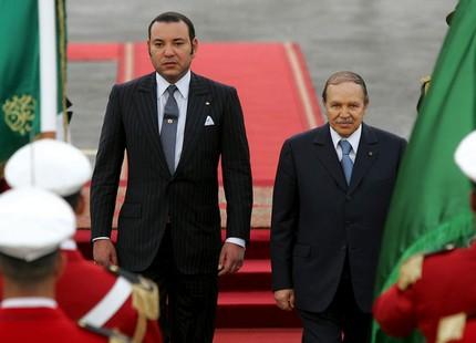 الملك محمد السادس يُعزي  في وفاة عبد العزيز بوتفليقة